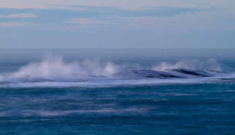 Waves Breaking Over Simpson Reef
